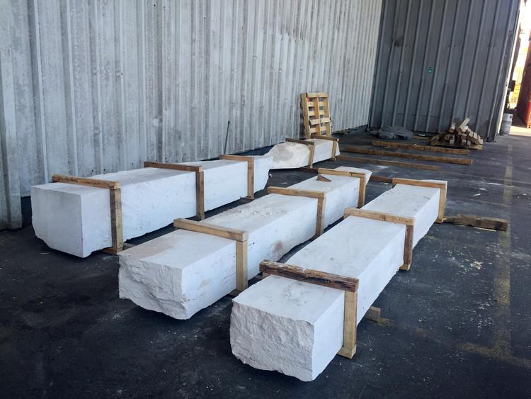 Venecia es intervenido con bloques de m rmol extra dos del for Con que se limpia el marmol manchado
