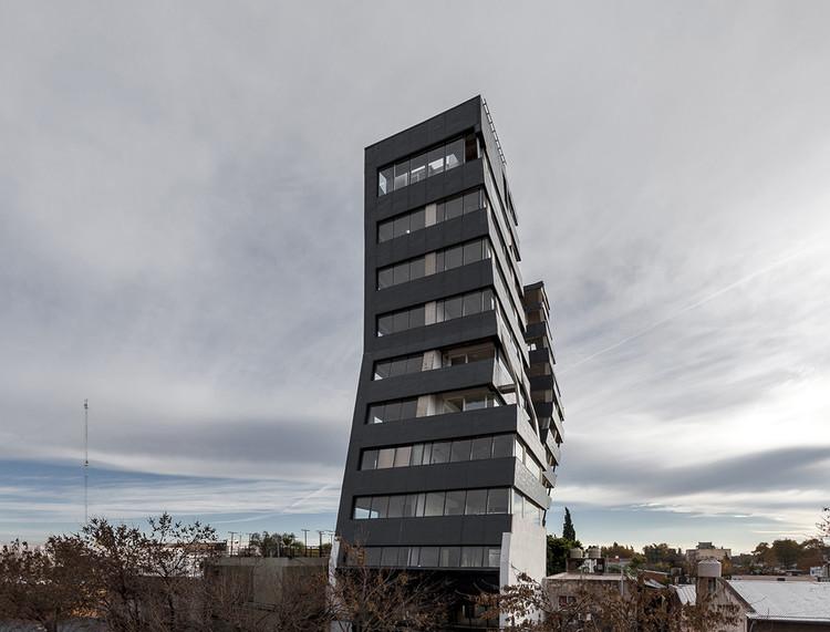 Edificio Urquiza / Federico Marinaro, © Walter Gustavo Salcedo