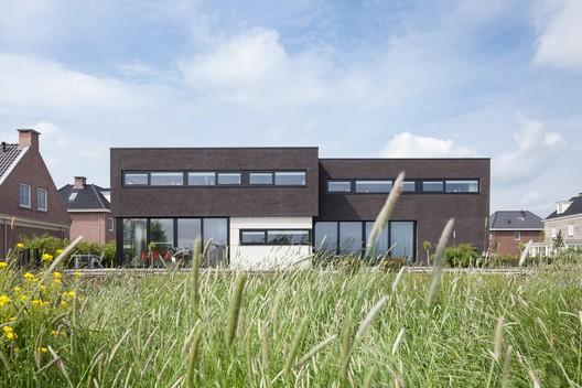 Villa Montfoort / Station-D Architects