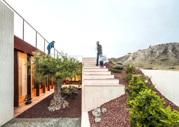 Vivienda Semi Enterrada  / eneseis arquitectura, © Andrés Flasjzer