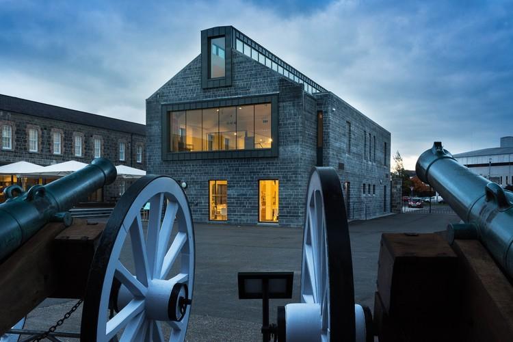 Enniskillen Castle Museum / Kriterion Conservation Architects, © Vizz Creative