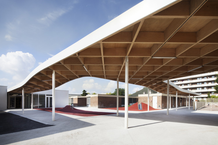 Extension of the Charlie Chaplin School Complex / SAM architecture, © Charly Broyez
