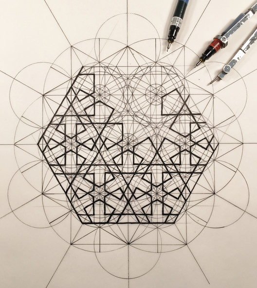 This Architect Fuses Art and Science by Hand Illustrating the Golden Ratio, Courtesy of Rafael Araujo