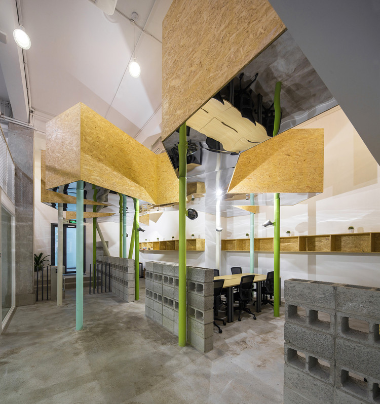 SimplyWork 3.0 Co-working Space / 11architecture Ltd., © ZC Architectural Photography Studio