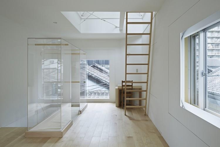 Una casa en Tsukishima / ICADA, © Koichi Torimura