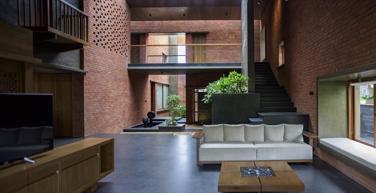 Weaving Architecture Design