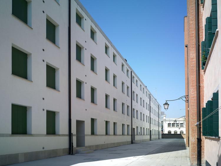 Álvaro Siza anuncia a conclusão do conjunto habitacional Campo di Marte em Veneza, Campo di Marte, Giudecca, de Álvaro Siza. Image © Alberto Lagomaggiore