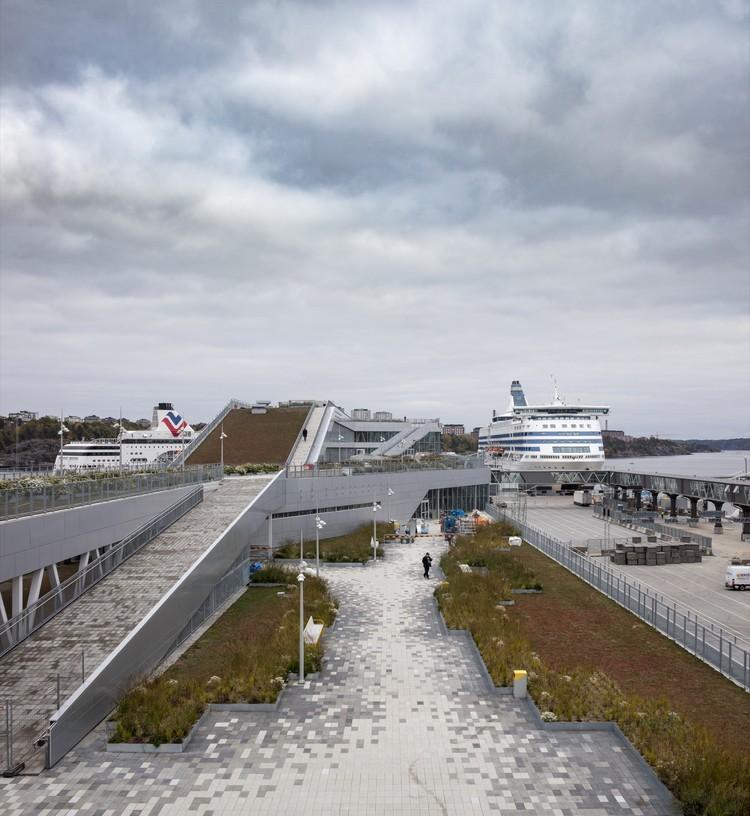 Terminal Värtaterminalen / C.F. Møller Architects, © Adam Mørk