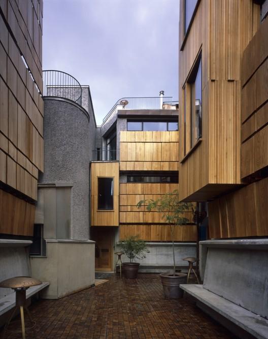 Walmer Yard / Peter Salter + Mole Architects + John Comparelli Architects, © Hélène Binet