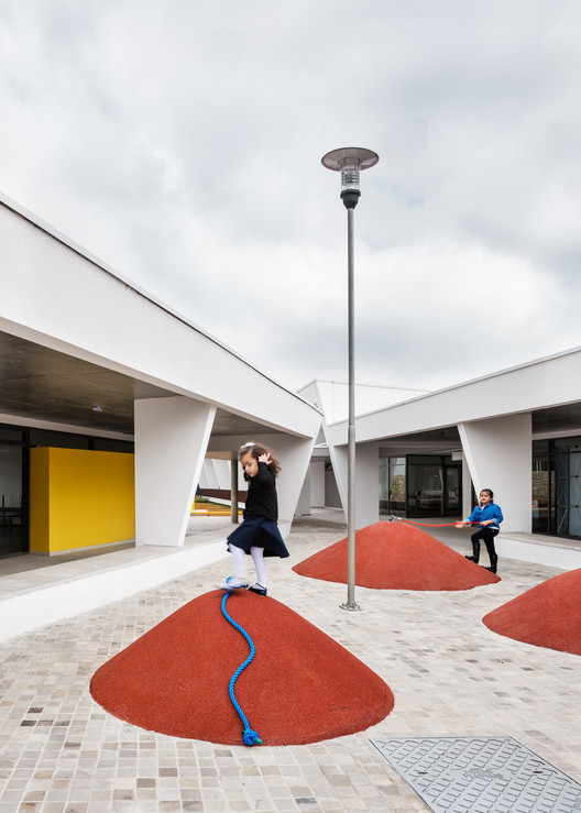 St. Nicholas School  / aflalo/gasperini arquitetos, © Ana Mello