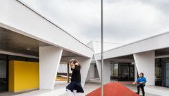 St. Nicholas School  / aflalo/gasperini arquitetos