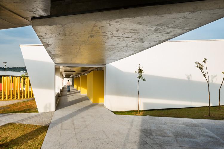 Escuela St. Nicholas / aflalo/gasperini arquitetos, © Ana Mello