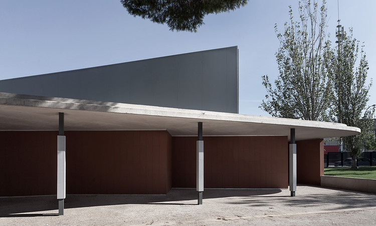 Intervention in Santa Teresa de Jesús School / Peñín Architects, © Diego Opazo