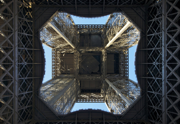 AD Classics: Eiffel Tower / Gustave Eiffel, © Wikimedia user Jebulon (Public Domain)