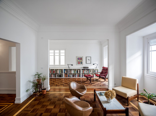 Apartment Refurbishment / Aboim Inglez Arquitectos