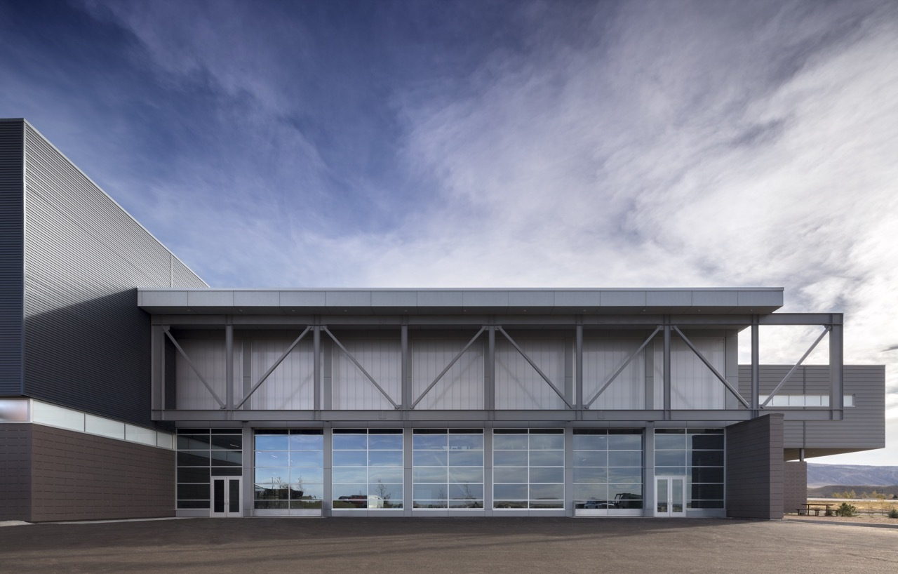 Architecture Exterior: Pathways Innovation Center / Cuningham Group Architecture