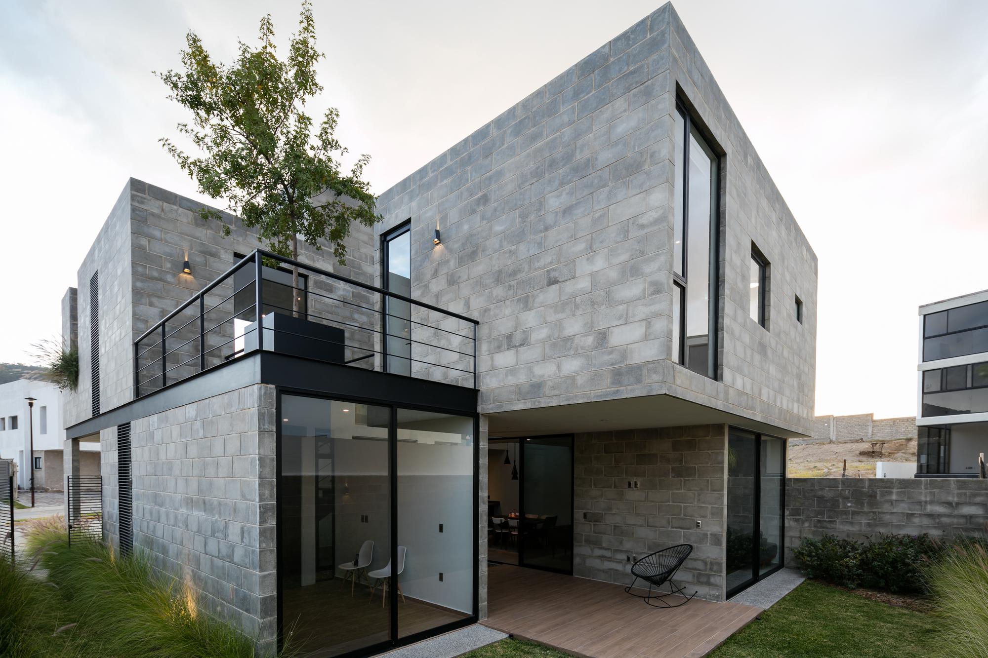 Galer a de casa robles atier arquitectura 5 for Casas de ladrillo visto fotos