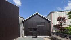 Fukuchiyo Sake / yHa architects
