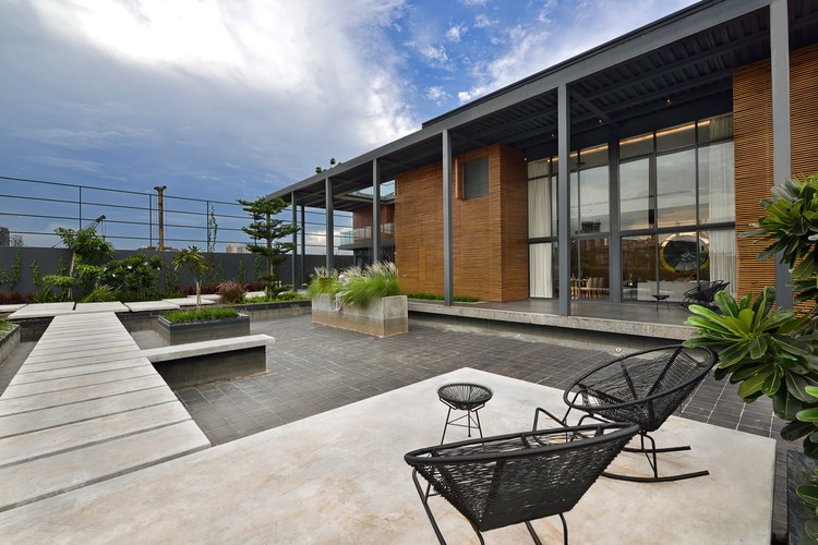 Aurus Sales Pavilion / Abin Design Studio, © Ravi Kanade