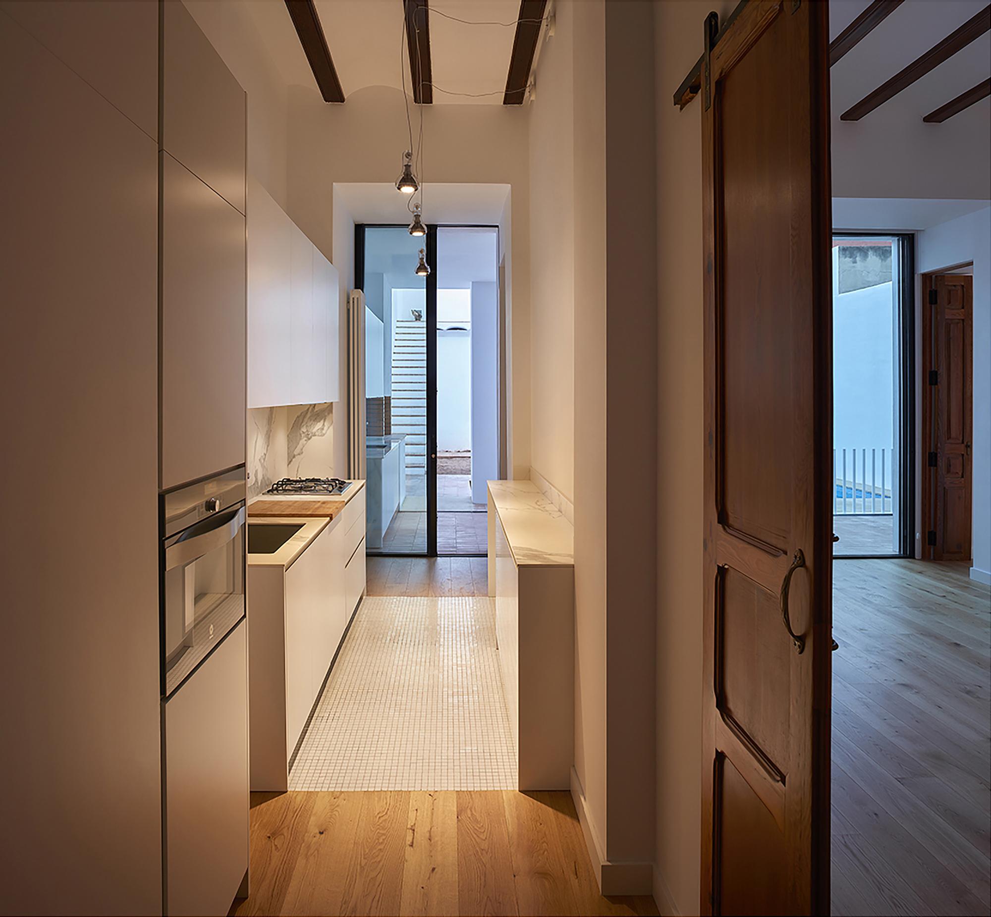 Galer a de rehabilitaci n vivienda en valencia dg for Arquitectos valencia