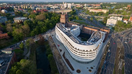 OVO Wroclaw / Gottesman-Szmelcman Architecture