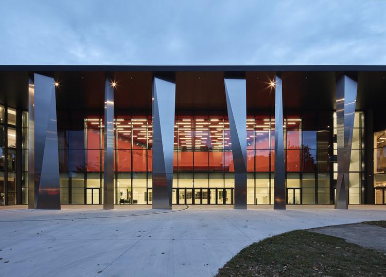 Convention Centre Strasbourg / Dietrich | Untertrifaller Architekten + Rey-Lucquet et associés, © Bruno Klomfar