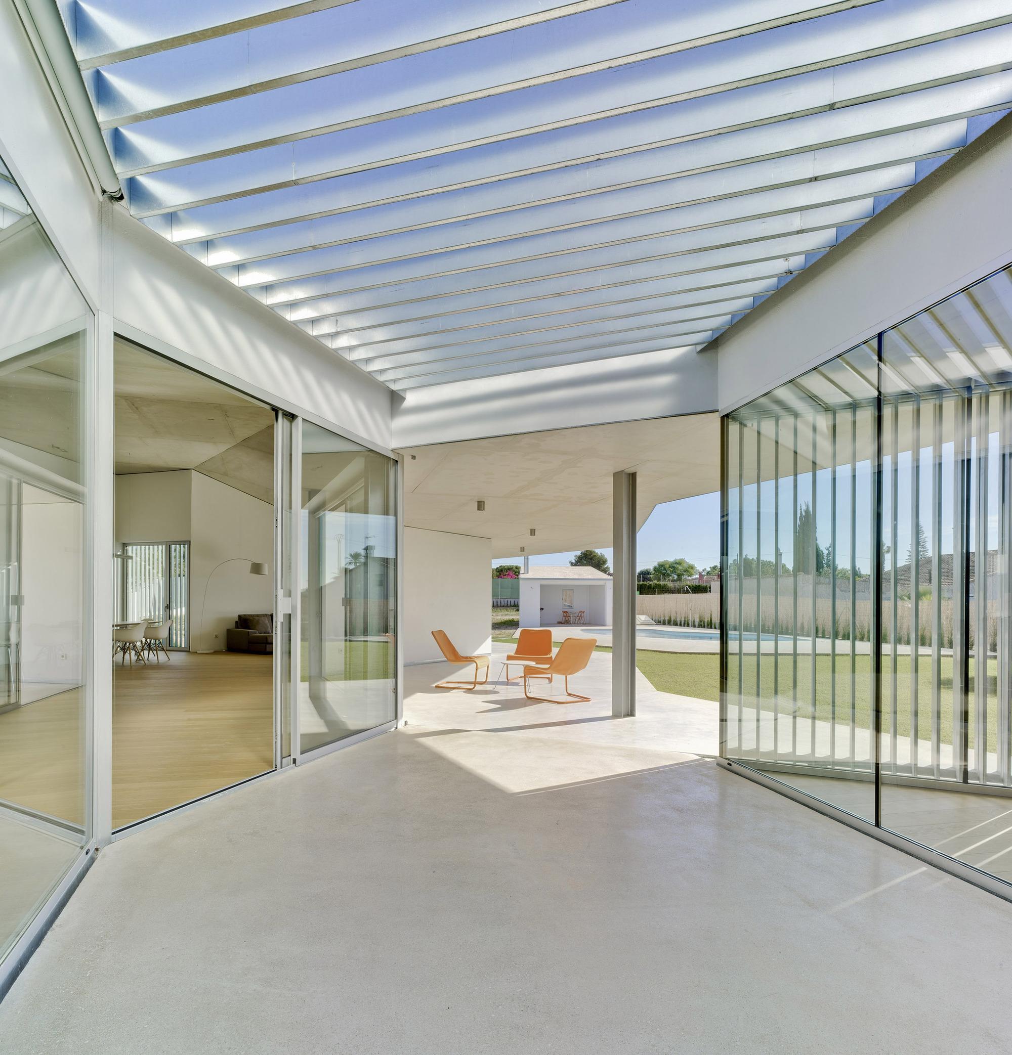 Gallery of Matola House  / Jaime Sepulcre Bernand  - 1