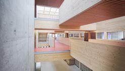 Escuela Jean-Monnet / Dietrich | Untertrifaller Architects + CDA Architectes