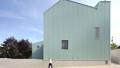 "Nursery and Primary School ""DE TOL""  / Dierendonckblancke Architects"