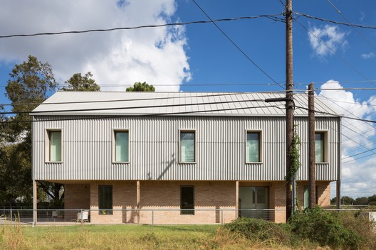 Elephant House / Faye and Walker Architecture