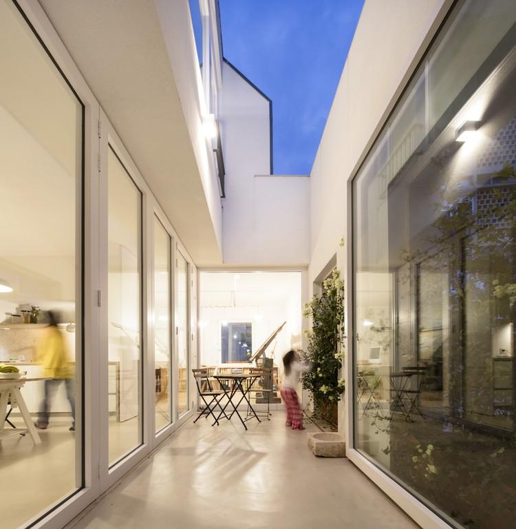 Apartamento Sacadura Cabral  / Morim Santos Silva Arquitectos, © Fernando Guerra  |  FG+SG