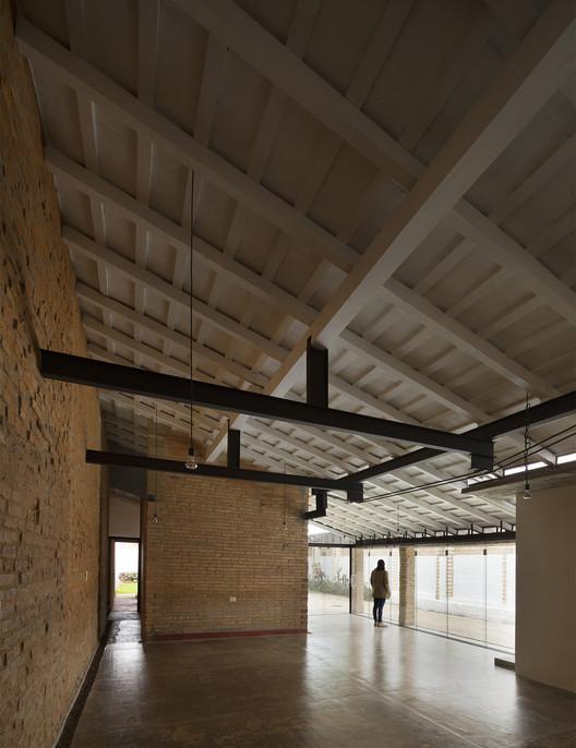 Residência Ana / Mínimo Común Arquitectura, © Federico Cairoli