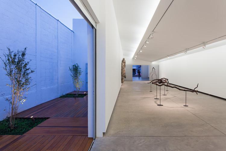Milan Gallery Annex Kipnis Arquitetos Associados Fernando Millan Archdaily