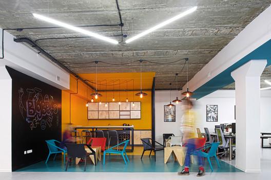 Oficina BigBek / SNKH Architectural Studio