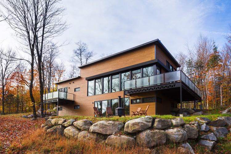12-249 Laurentians Home / BONE Structure®, © Ulysse Lemerise / OSA