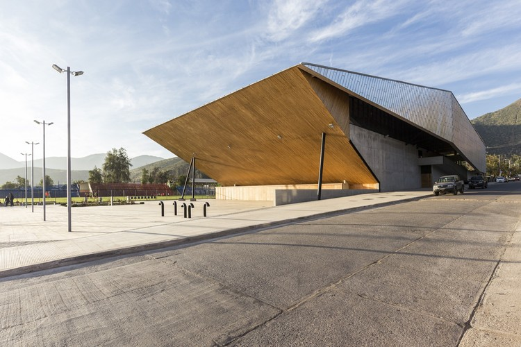 Ginásio Municipal de Salamanca  / Carreño Sartori Arquitectos, © Marcos Mendizabal