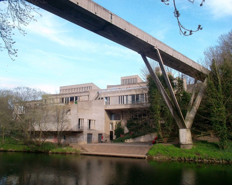 Campaigners Battle to Save Ove Arup's Brutalist Dunelm House in Durham, Dunelm House with Kingsgate Bridge in the foreground. Image © <a href='http://www.geograph.org.uk/more.php?id=2935919'>Geograph user Des Blenkinsopp</a> licensed under <a href='https://creativecommons.org/licenses/by-sa/2.0/'>CC BY-SA 2.0</a>