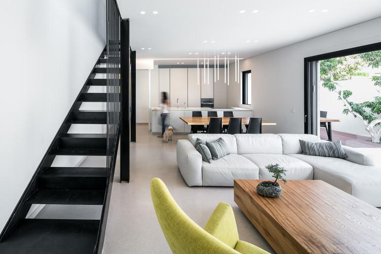 Villa urbana Givatayim / Amitzi Architects, © Uzi Porat