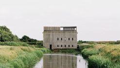 Skjern River Pump Stations / Johansen Skovsted Arkitekter