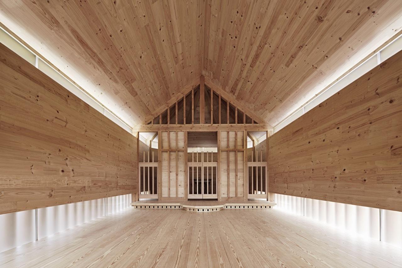 Belarusian Memorial Chapel / Spheron Architects