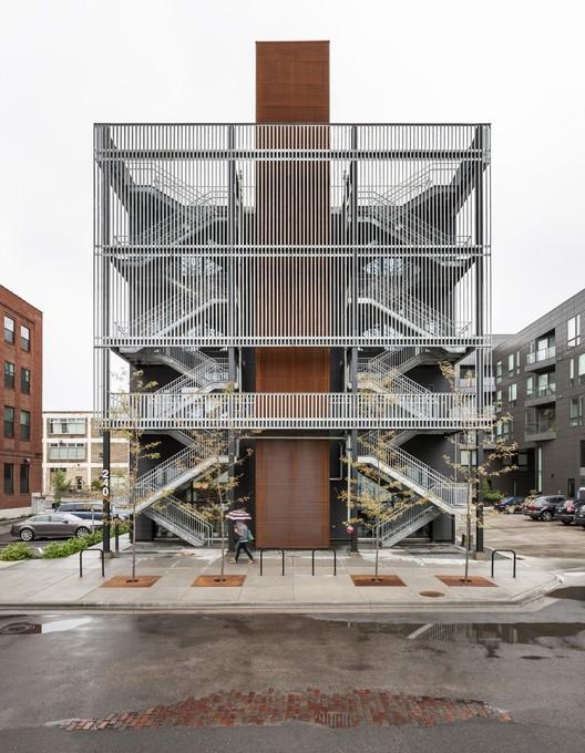 Fast Horse / Salmela Architect