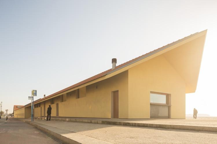 Recuperação do Antigo Núcleo de Oficinas da APDL / Adalberto Dias, © Fernando Guerra | FG+SG