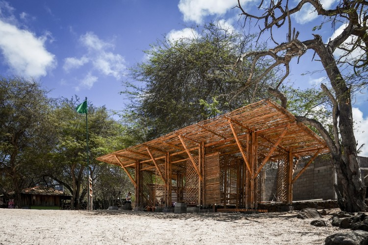 Playa Man / The Scarcity and Creativity Studio, Courtesy of The Scarcity and Creativity Studio
