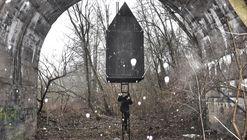 Black Flying House / H3T Architekti