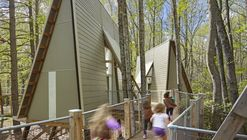 Campamento Graham / Weinstein Friedlein Architects