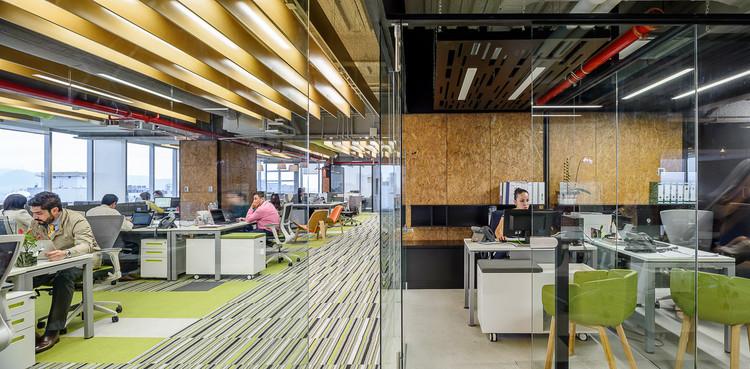 Oficinas P19  / Taller Estudio Central, © Moritz Bernoully