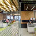Oficinas p19 taller estudio central archdaily m xico for Oficina 0182