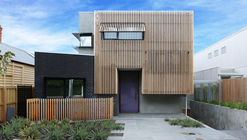 Malvern 01 - Courtyard House / Dan Webster Architecture