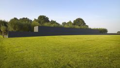 Cemitério de Guerra em Langemark / Govaert & Vanhoutte Architects