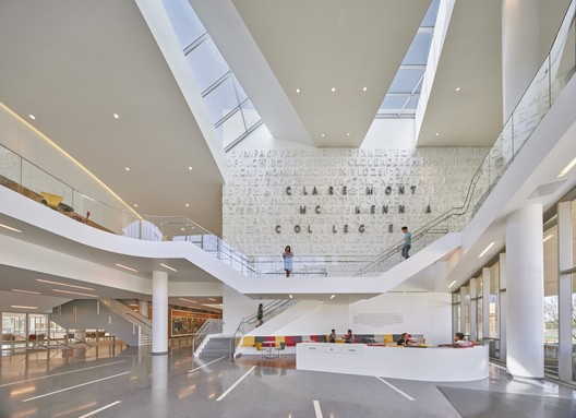 Roberts Pavilion / John Friedman Alice Kimm Architects